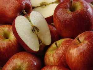 В чем же полезность яблок при сахарном диабете 1 и 2 типа