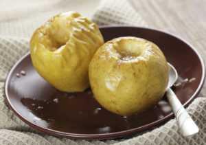 Запеченное или же сушенное яблоко при диабете