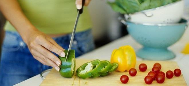 Правила cоблюдения диеты при гастрите и панкреатите: ограничения и меню