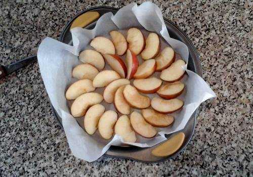 дольки яблок в форме