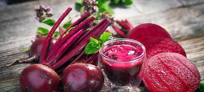 Какие полезные блюда при панкреатите можно приготовить из свеклы?