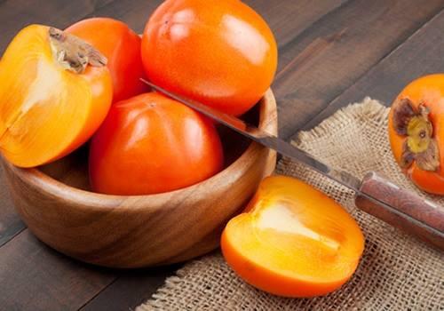 вяжущий фрукт