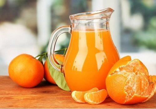 Кувшин с мандариновым соком