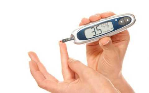 Больным диабетом необходимо несколько раз в день измерять уровень глюкозы