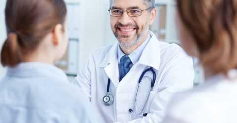 Для лечения стоит выбрать специалиста на длительный срок, которому хочется довериться