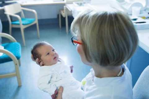 Для назначения правильной терапии данной патологии необходимо определение формы болезни у новорожденных