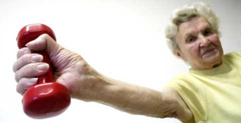 Гимнастику Оксид азота можно выполнять и с утяжелением лёгкими гантелями