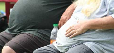 Излишние жировые отложения у мужчин и женщин наносят ущерб здоровью