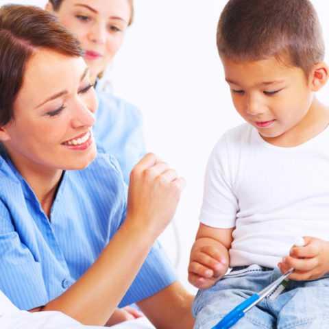 Малыш, страдающий диабетом