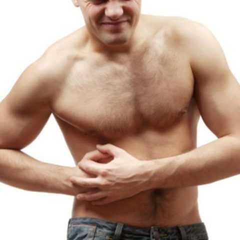 Мужчина с патологией печени