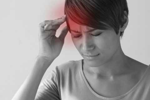 На что указывают резкие головные боли.
