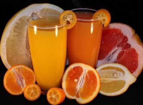 На пользу пойдут соки из цитрусовых.