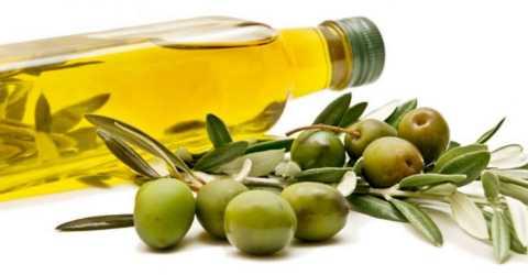 Народное средство от сухой кожи – масло из олив первого отжима, поможет и диабетикам