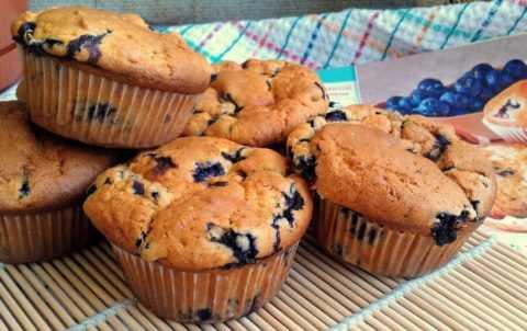 Одно из самых вкусных блюд при диабете – вкуснейшие черничные кексики.