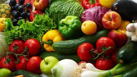 Основу диеты должна составить растительная пища.