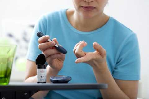 Перед началом упражнений нужно замерить уровень глюкозы