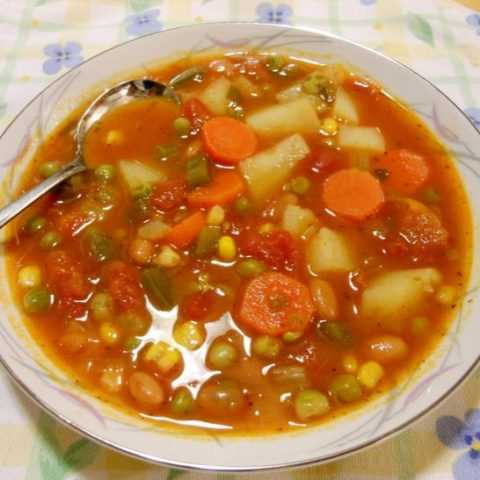 Правильно приготовленный суп отличается хорошим вкусом и приносит только пользу.