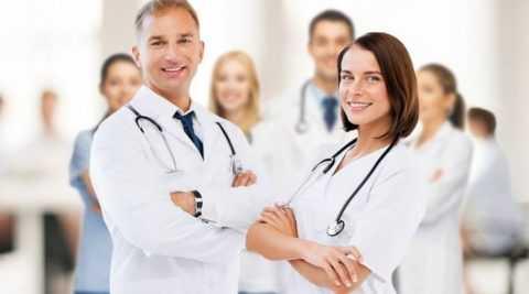 При к другому лечащему врачу, подписывается ещё одно согласие на обследование и лечение