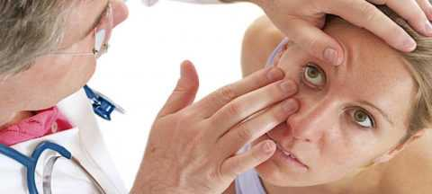 При подозрении на глаукому стоит обратится к врачу.