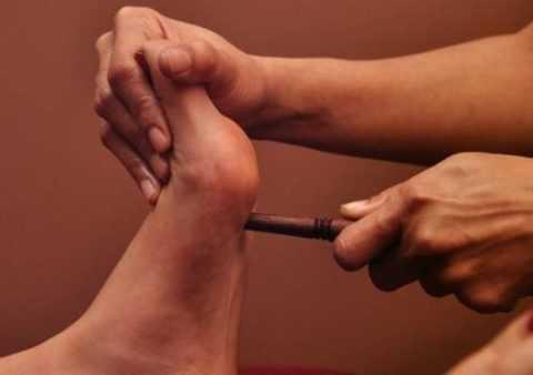 Рефлекторный массаж тибетской «магической» палочкой