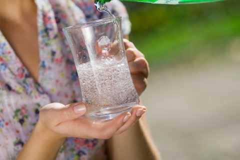 Регулярный прием минералки при диабете помогает нормализовать уровень глюкозы.