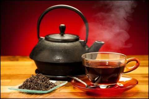 Самый вкусный и полезный напиток – это традиционный и привычный черный чай.