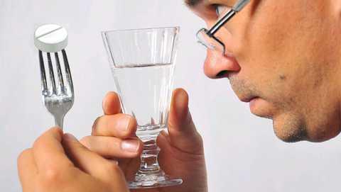 Сочетание метформина с алкоголем повышает уровень лактата в крови в 10-15 (!) раз