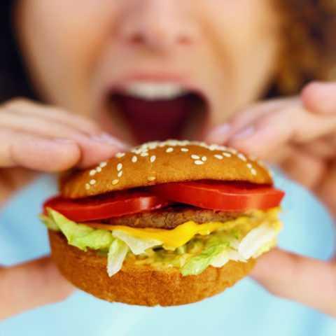Стоит отказаться от употребления вредной пищи