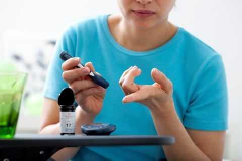Уровень сахара в крови должен постоянно контролироваться.