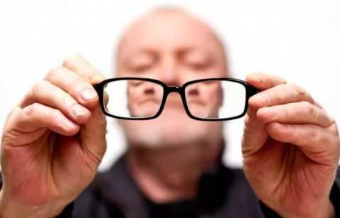 Утрата зрения – вероятное осложнение сахарного диабета.