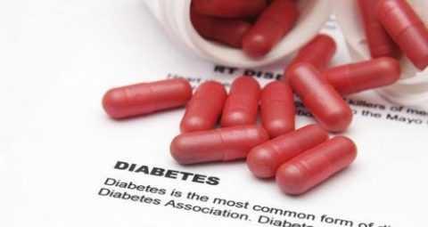 Врач назначает лекарства в зависимости от типа заболевания