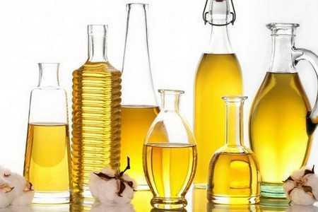 Банки с растительным маслом