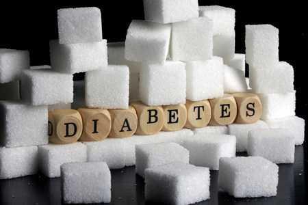 Кубики сахара и кубики с буквами