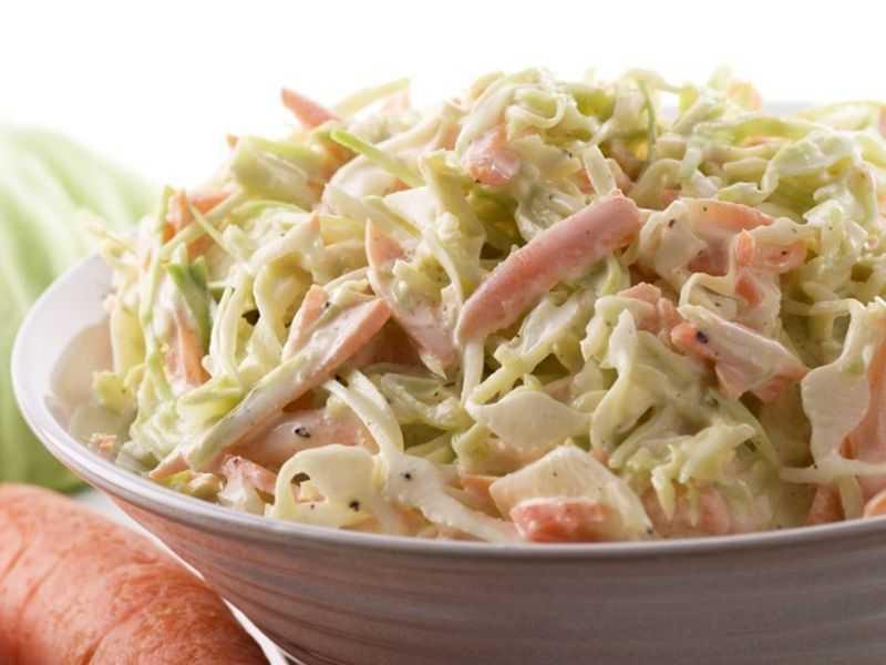 Салат с капустой и свининой
