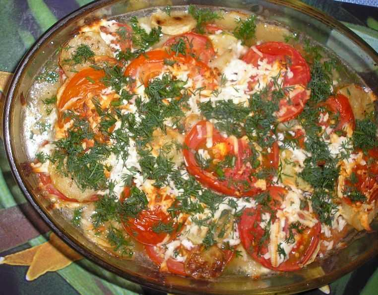 Тушение с брынзой и томатами