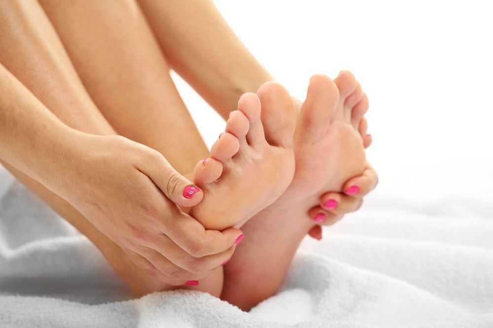 Причины онемения и покалывания ног