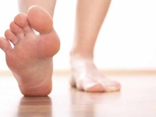 Краснеют ноги