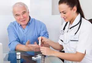 врач при диабете